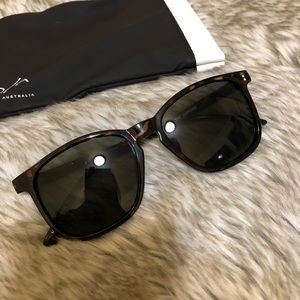 Quay Australia The Oxford sunglasses